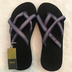 NWT TEVA olowahu black purple flip flops pintado 6